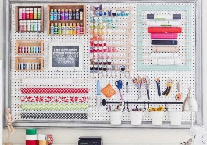 Craft Pegboard White Large 76 By 56cm Includes 12