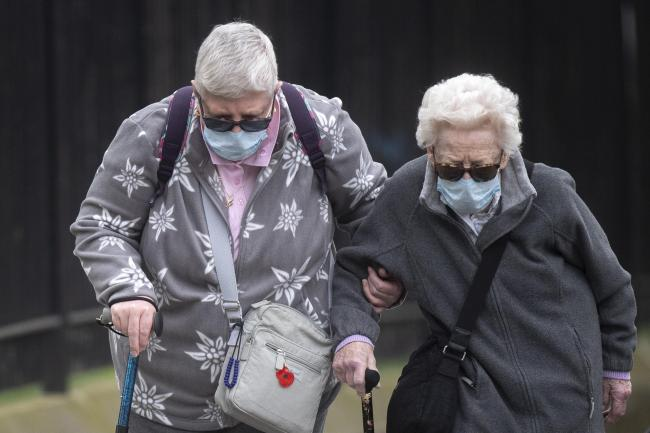 What is the best face mask to wear if you are over 65?The elderly are a vulnerable group, and it is sensible to wear a face mask when going shopping, going to the doctors, travelling on public transport.